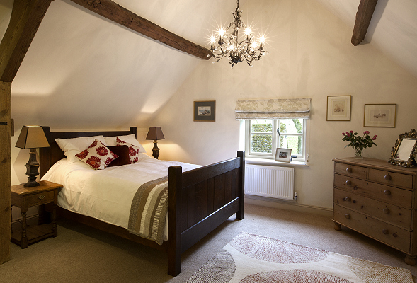 Bedroom, The Coach House, Garretts Farm, Buckland, Broadway, Cotswolds