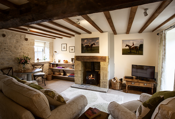 Lounge, The Coach House, Garretts Farm, Buckland, Broadway, Cotswolds